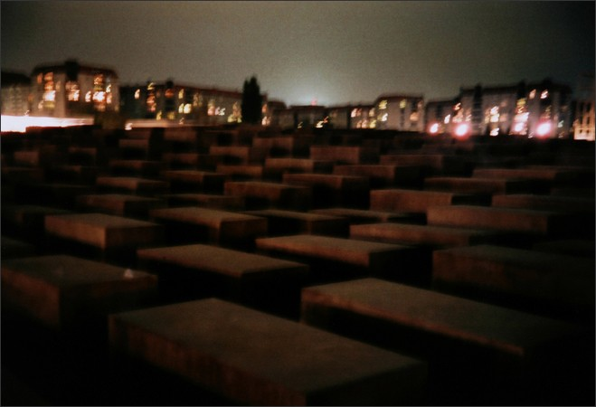 http://www.enricmontes.com/files/gimgs/th-16_IN-BERLIN-web14.jpg