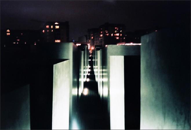 http://www.enricmontes.com/files/gimgs/th-16_IN-BERLIN-web15.jpg